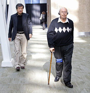 Dr. Bin Hu is using modified iPods to help Parkinson's patients keep moving